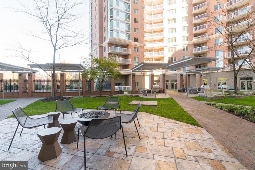 Northampton Place Condominiums